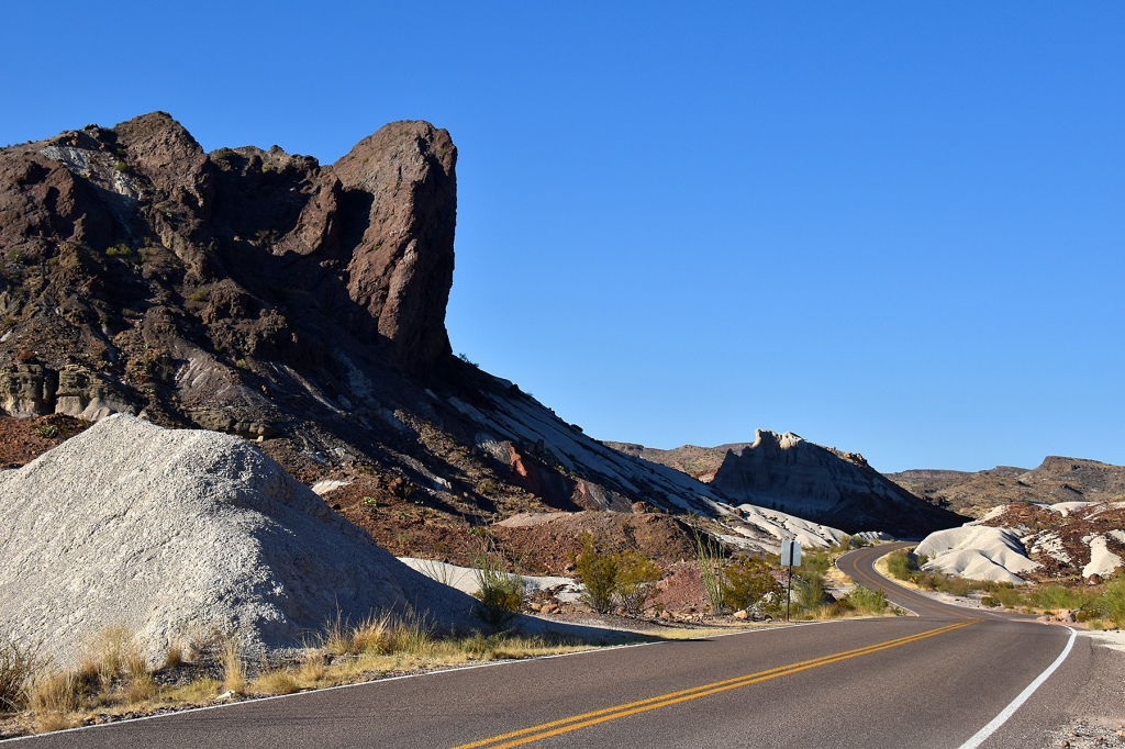 Along the Ross Maxwell Drive in Big Bend