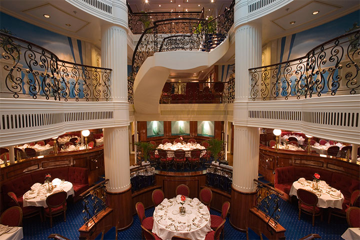 Royal Clipper Dining Room