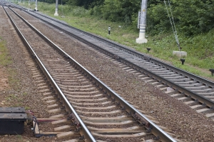 Parallel tracks. Copyright: Garry518, 123RF Stock Photo