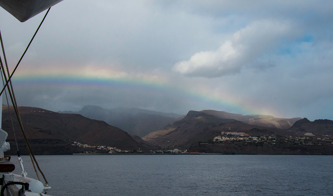 Rainbow sailing into La Gomera