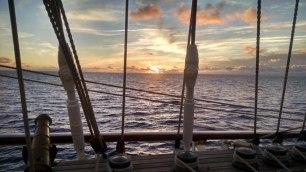 Star Flyer Sunrise-Sunset Series 9