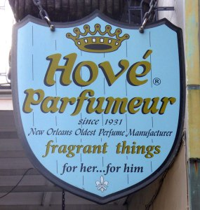 Hove Parfumeur Sign