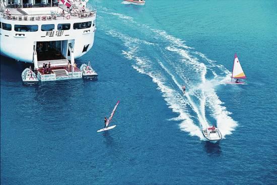 Windstar cruises windsurf with its marina platform open