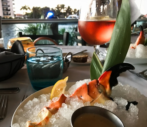 Weekend in fort lauderdale a great getaway ann cavitt for Blue moon fish company