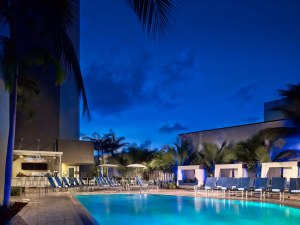 Pool at the Sonesta Ft. Lauderdale