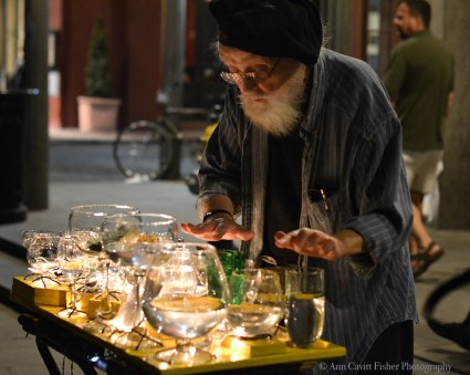 Gentleman playing the glass armonica on Jackson Square.